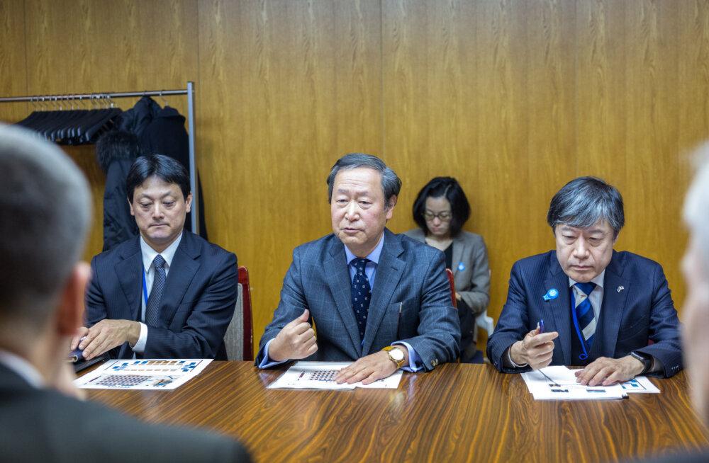 Ратас обсудил с министром экологии Японии вопросы изменения климата