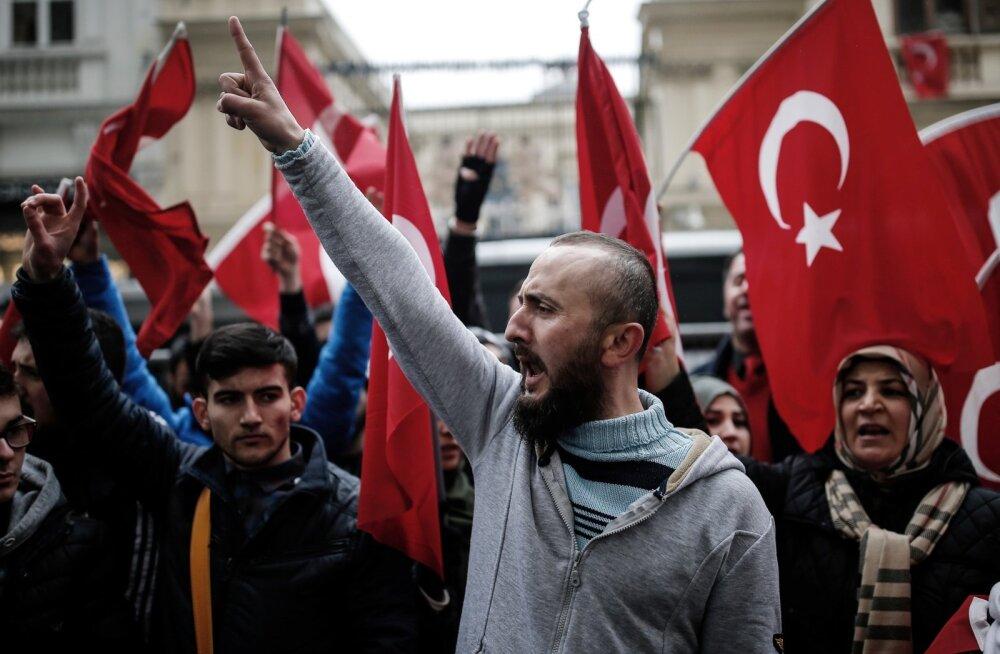 EL ja NATO kutsusid Türgit rahunema