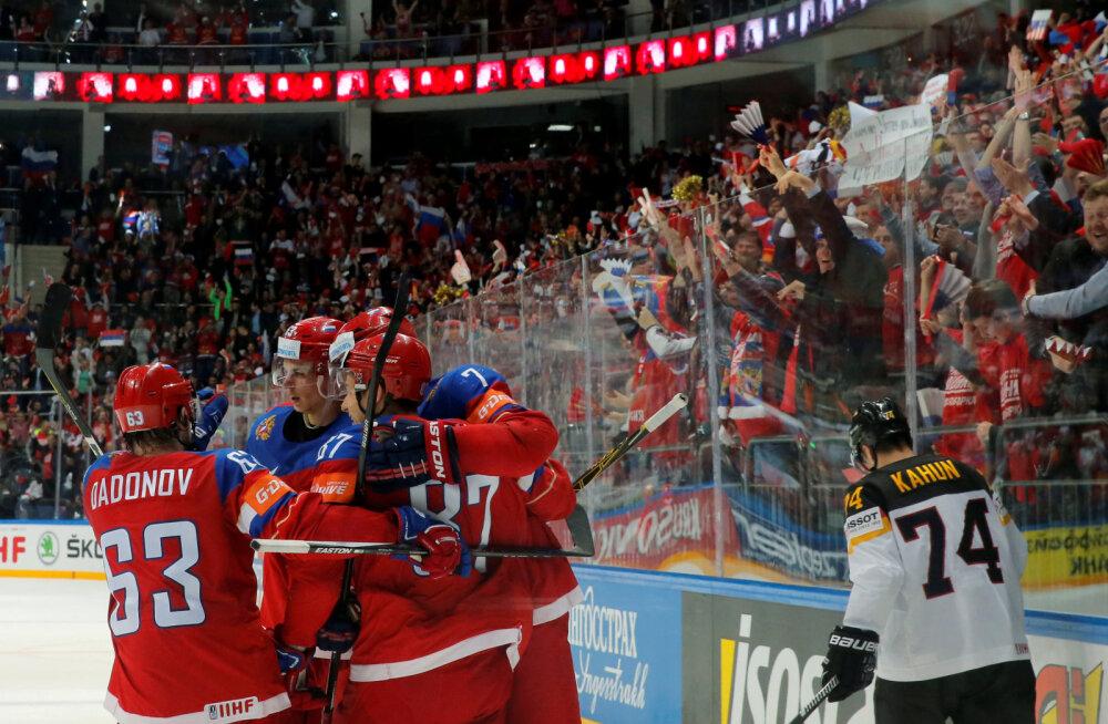 VIDEO JA FOTOD: Jäähoki MM-il viimastena poolfinaalis Venemaa ja Kanada