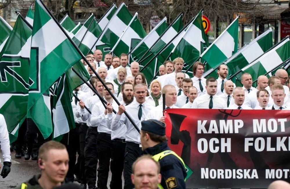 Rootsi meedia: Põhjamaade Vastupanuliikumise natsid püüavad saada relvaväljaõpet