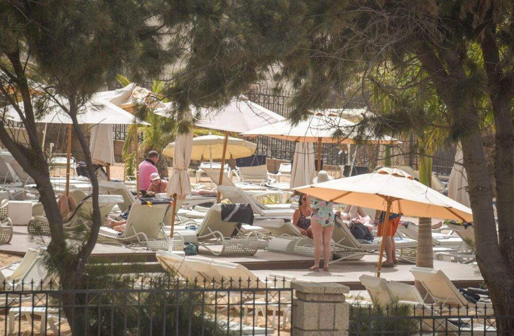 Tenerife hotellis karantiinis olevad soomlased äratati kell 3 öösel ennast kraadima