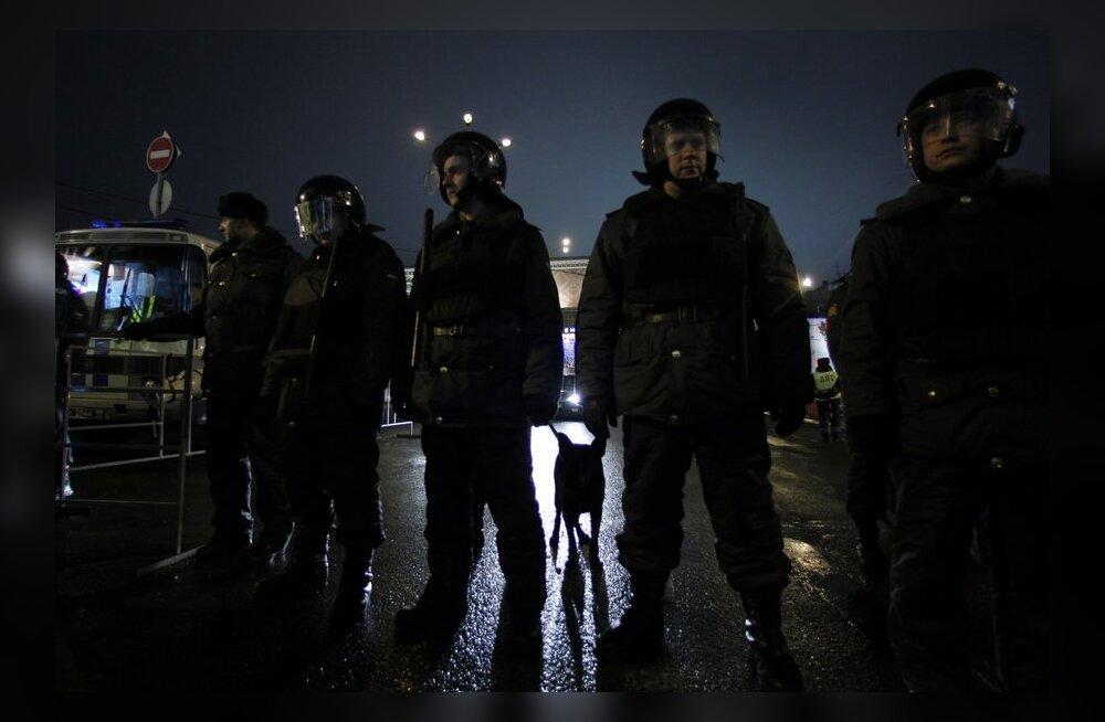 В Москве и 31 декабря митингуют: полиция задержала несколько человек