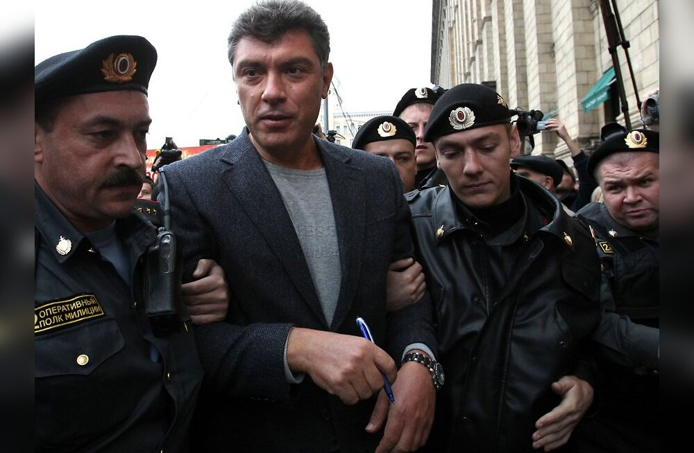 Nemtsov: naiivsed Balti riigid võiks Venemaa kartmise ära lõpetada