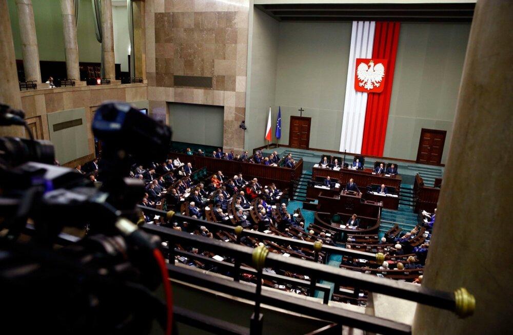 Poola seim keeldus teiste hulgas homode tsiviilpartnerluse legaliseerimist arutlusele võtmast