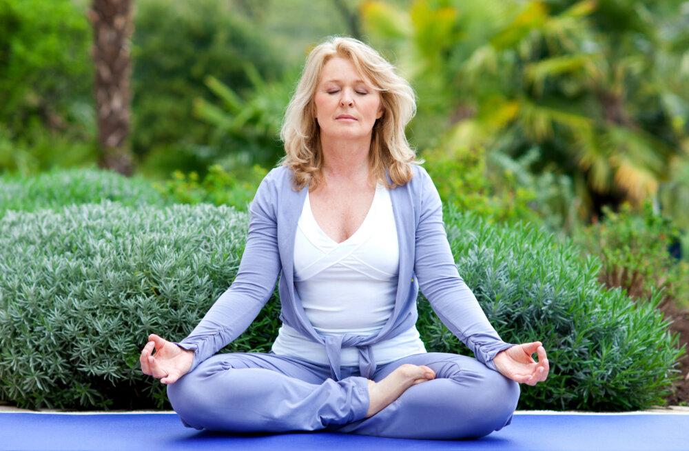 Jooga aitab leevendada üleminekuea vaevusi