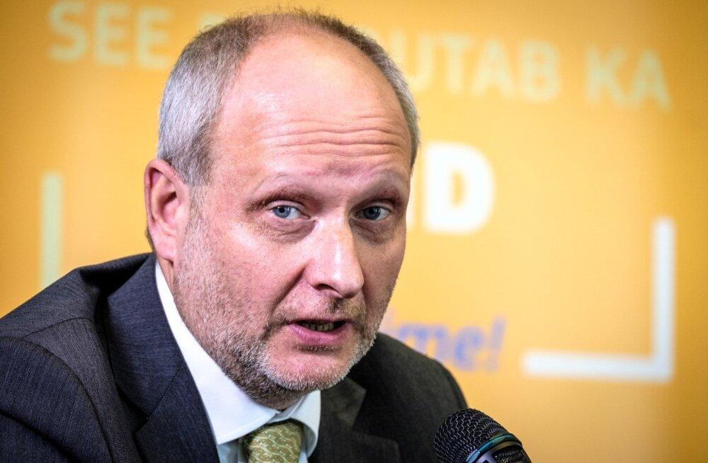 Matti Maasikas: ID-kaartide turvalisuse küsimus võib Eesti jaoks olla mitte õnnetus, vaid õnnistus