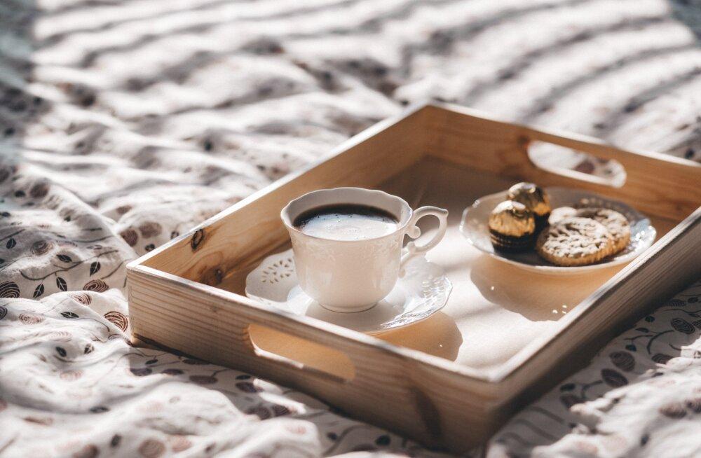 Чай и шоколад повышают риск рака кишечника
