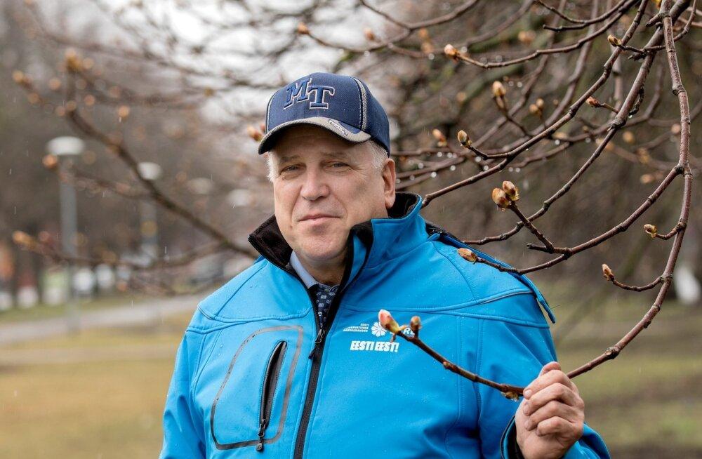 Mart Järvik ütleb end olevat maamehe, kes elu jooksul mitmes ametis töötanuna teab, millega põlluharijad silmitsi seisavad.