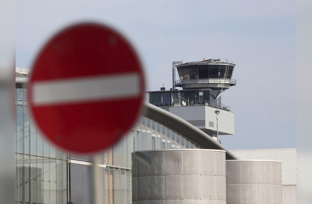 Lennukitäis Hurghadasse sõitvaid inimesi ootas pool ööpäeva lennujaamas väljasõitu