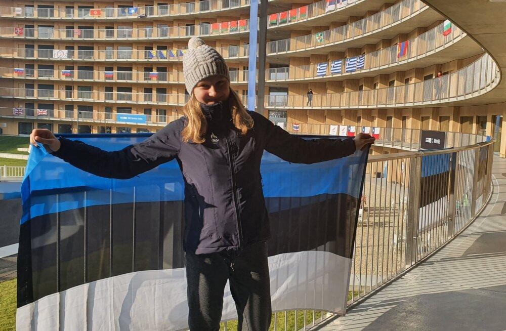 Eesti delegatsiooni lipukandja noorte taliolümpia lõputseremoonial on suusasprindis suurepärase tulemuse teinud Johanna Udras