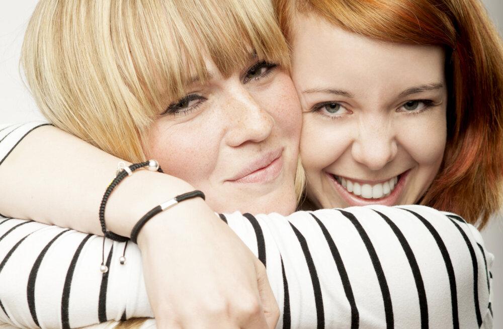 Puudutused toovad tervise: emotsionaalne füüsiline kontakt tekitab kehas heaolutunnet ja parandab tervist