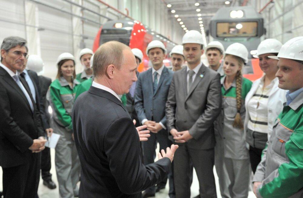 Venemaa majandus pöördus langusradadele