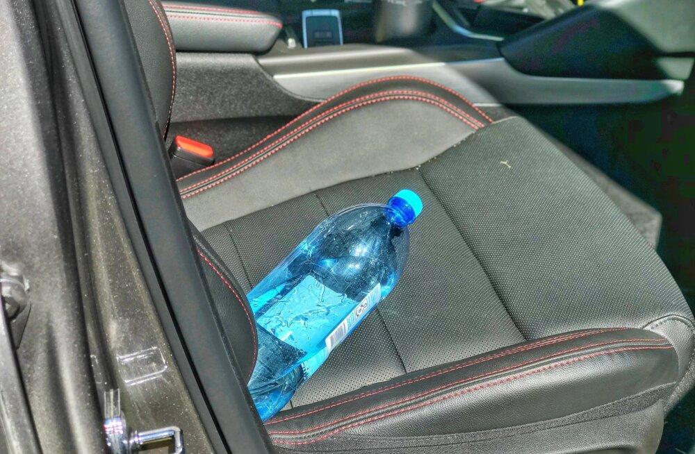 Füüsika on meiega: veepudelit ei tasu autosse päikese kätte jätta