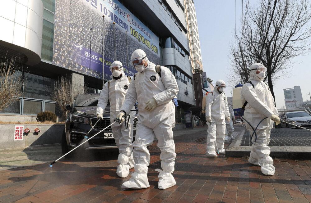 Lõuna-Koreas on toimunud koroonaviiruse leviku hüpe: põhikolle on ususekt, nakatunud on ka sõdurid
