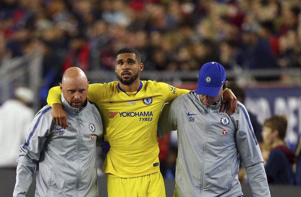 Totral kombel saadud raske vigastus jätab Chelsea põhirivistuse mängija Euroopa liiga finaalist eemale, vigastuspaus võib venida väga pikaks