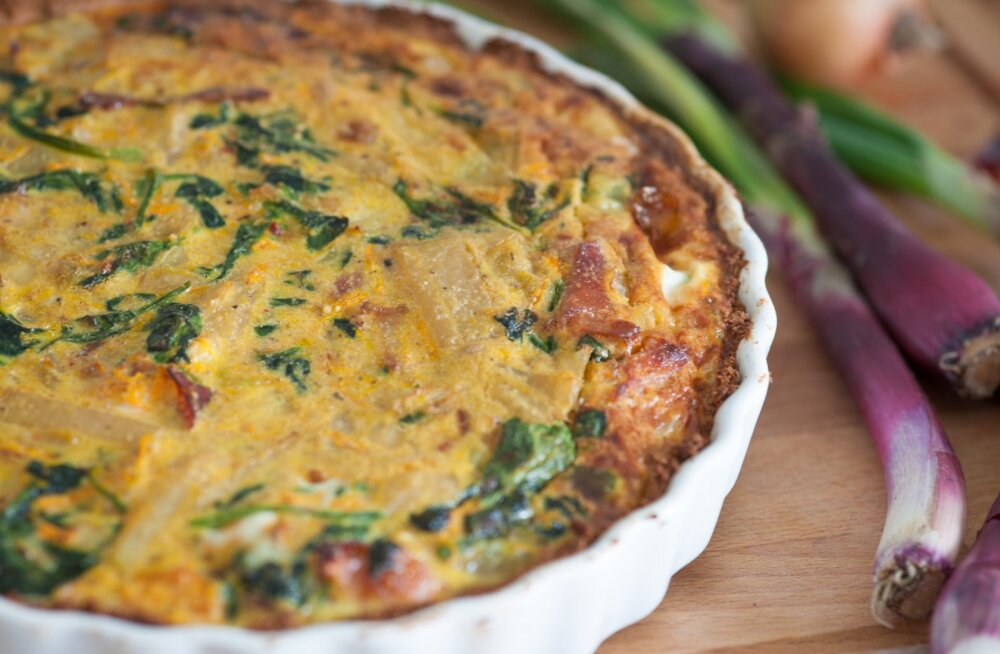 РЕЦЕПТ   Запеканка из лосося и шпината с хрустящей картофельной шапочкой