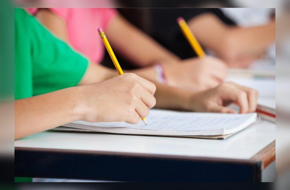 Haridusspetsialistide hinnangul tuleks kodused ülesanded kaotada