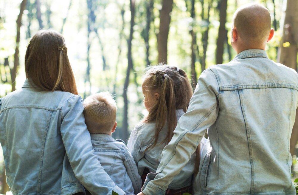 Millistel vanematel on õnnelikud lapsed? Kogenud emade 12 kuldset reeglit, et kõik pereliikmed tunneksid end hoituna