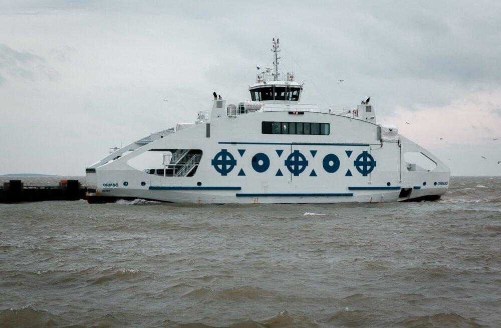 Vormsi parvlaevaga opereerimise vastu tunnevad huvi kaks pakkujat