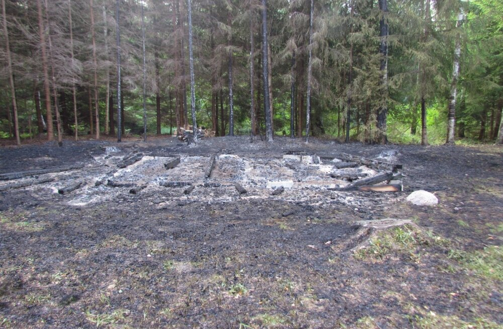 Mahapõlenud Kopra tare metsaonn 30. augustil 2018.