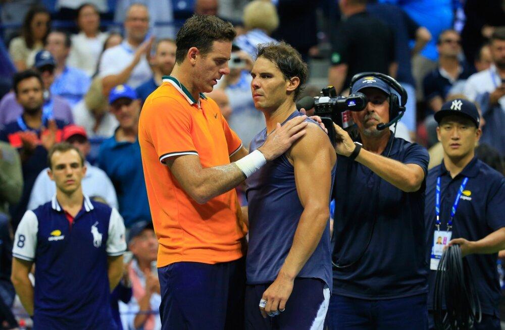 Nadal pidi vigastuse tõttu US Openi poolfinaalis loobumisvõidu andma