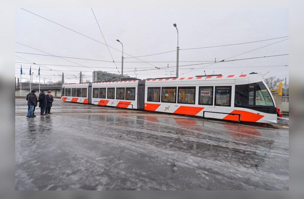 Veel kaks uut CAF Urbos trammi läksid Tallinnas liinile