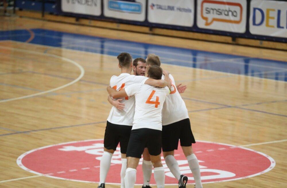 Hästi tehtud: Viimsi meeskond jätkas kodust saalijalgpalli Meistrite liiga turniiri suure võiduga