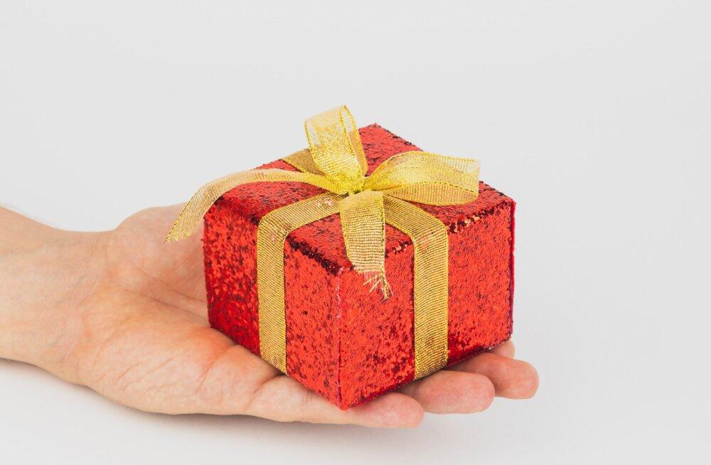 Uuring: just need on eestlaste enimvihatud jõulukingid, mida sa oma lähedastele kindlasti kinkida ei tohiks