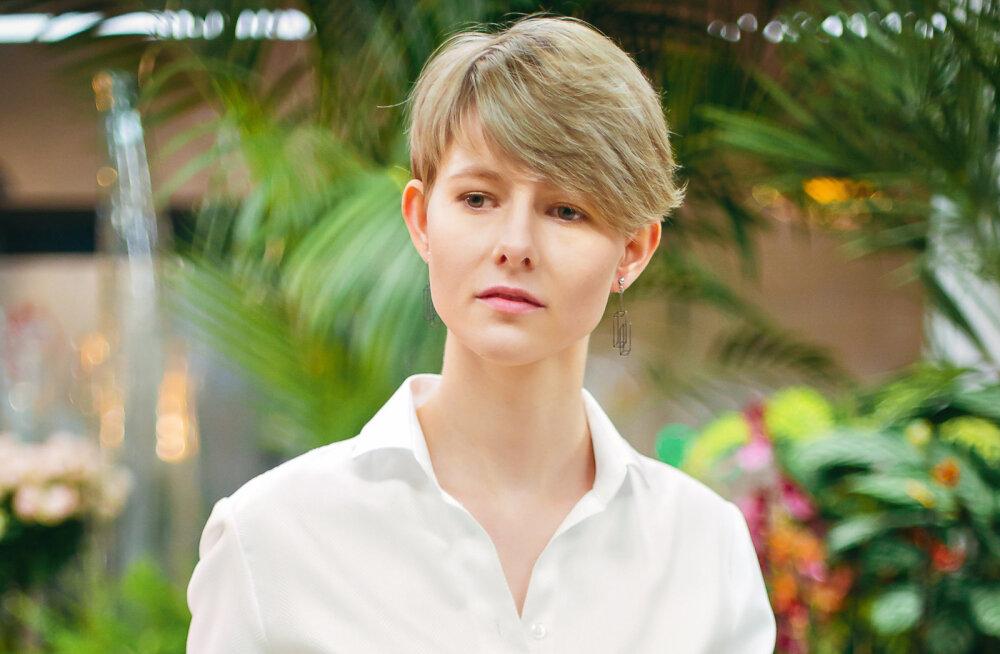 Как белая мужская рубашка стала главной вещью в женском гардеробе? Рассказывает стилист и дизайнер одежды из Эстонии
