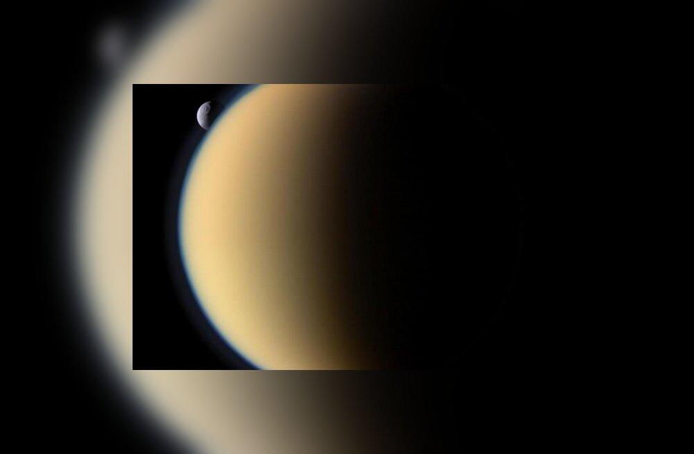 Müstiline objekt ilmus ja kadus Saturni kuu peal laiuvas metaaniookeanis