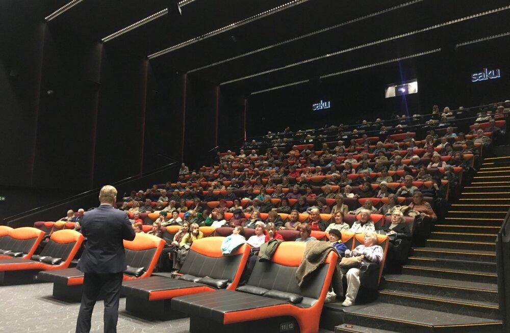 """Программа Кино 65+ в Мустамяэ открыла осенний сезон с показа """"Паваротти"""""""
