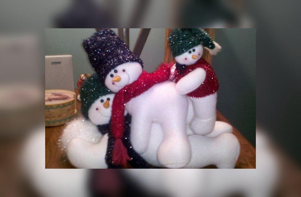 See ei ole võimalik! Vaata neid pilte suurimatest jõuluteemalistest läbikukkumistest ja naera kõhulihased trimmi