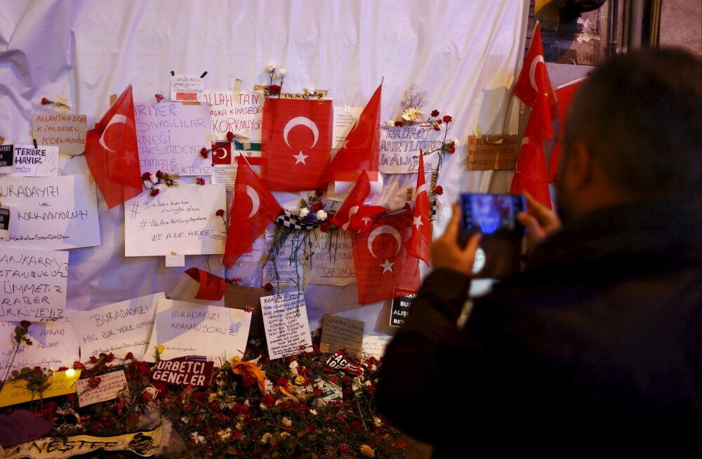 Türgi võimas turismitööstus on suure krahhi veerel