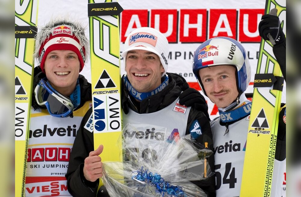 Thomas Morgenstern, Andreas Kofler ja Adam Malysz (paremal)
