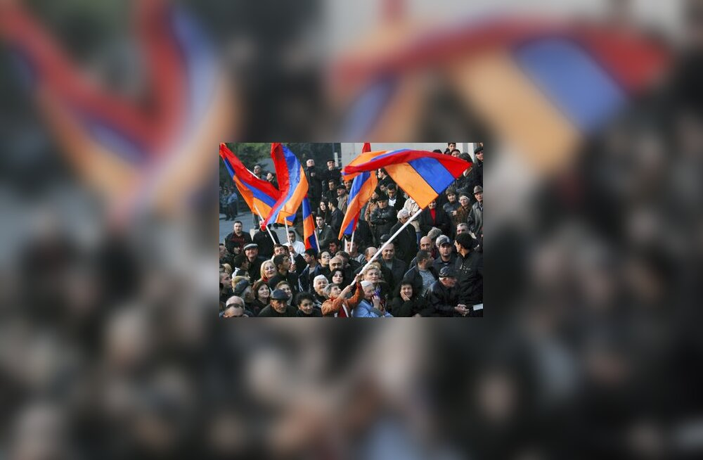 Armeenia lipp, Jerevan, armeenlased