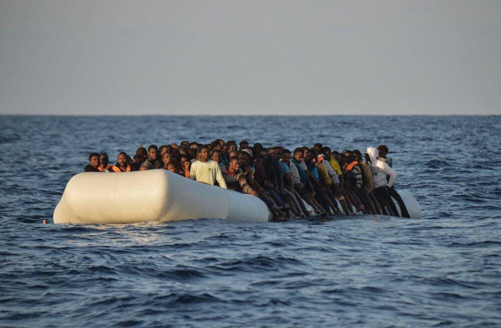 Gambia jalgpallikoondislane uppus Euroopasse põgenedes
