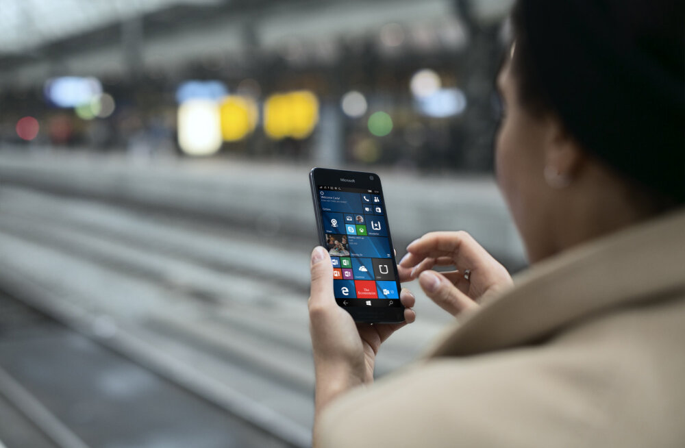 Microsofti uus nutitelefon Lumia 650 jõuab Eestis müügile