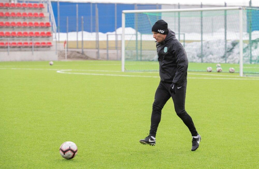 Konstantin Vassiljev FC Floras