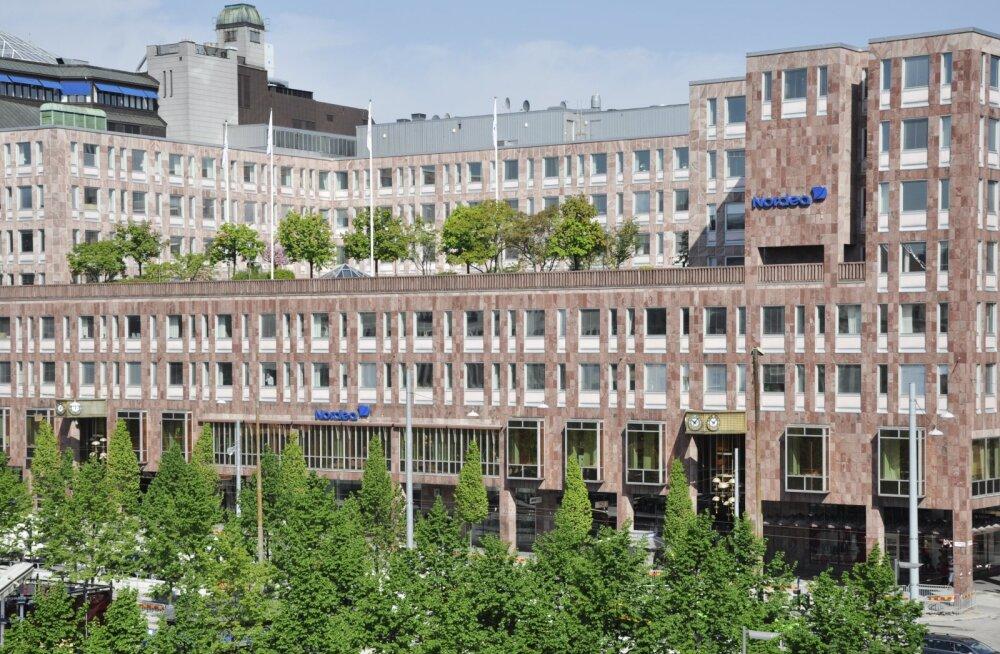 Nordea Eesti töötajad hakkavad Stockholmis panga peakorteri ees piketeerima