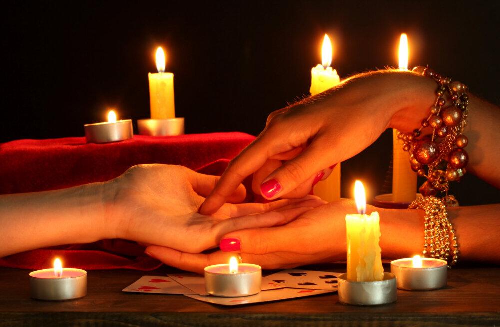 Hiromantia: mida räägivad sinu käejooned armastuse ja abielu kohta?