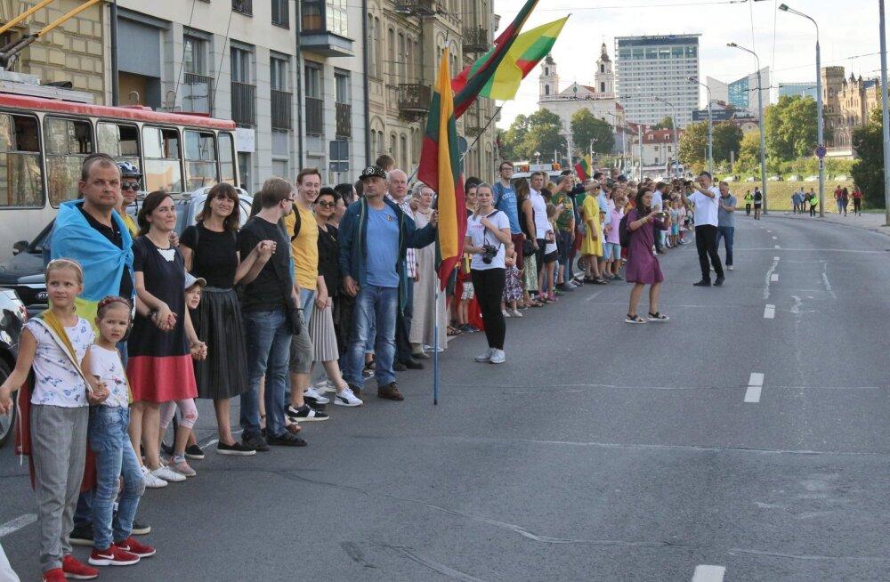 Leedu kutsus vaibale Hiina saadiku diplomaatide käitumise pärast Hongkongi toetusüritusel