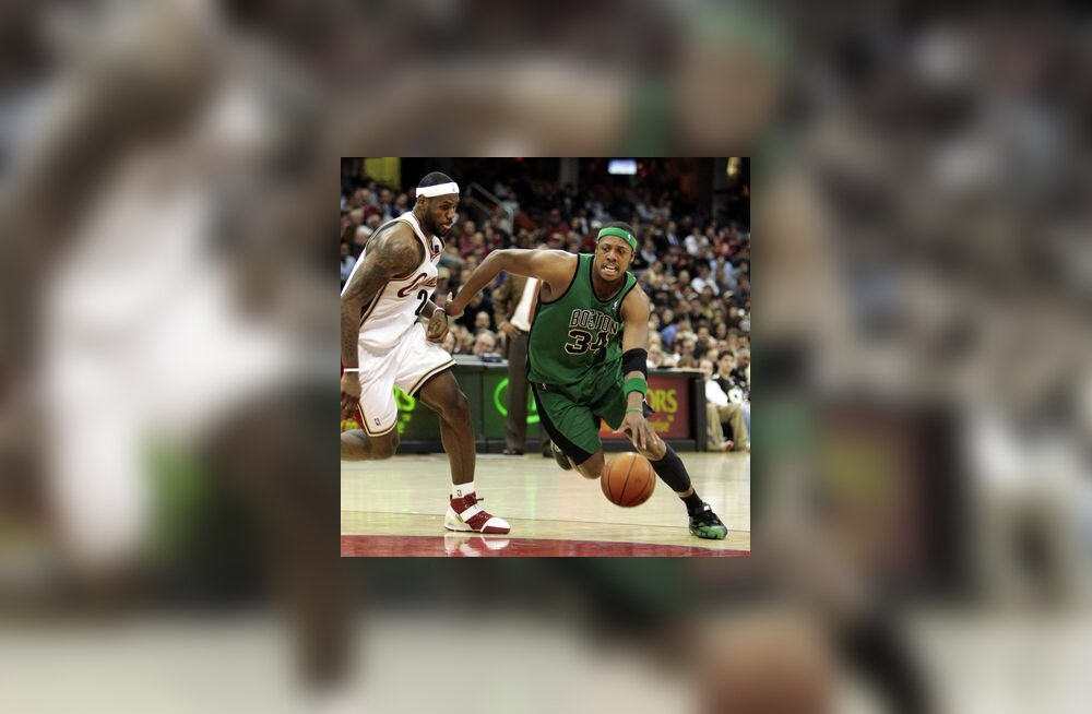 Cleveland Cavaliersi LeBron James ja Boston Celticsi Paul Pierce