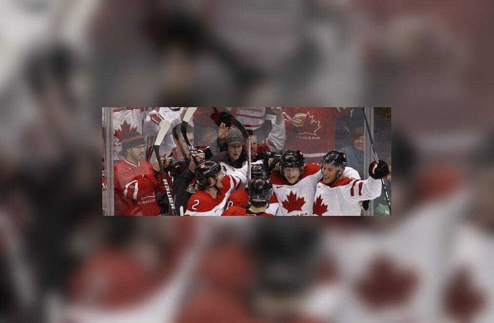 Corey Perry (Kanada) on visanud värava