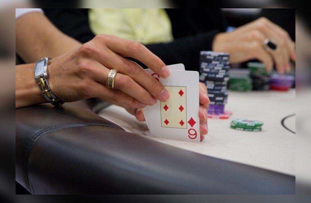 Eesti naismängijad tegid meestele pokkeris tuule alla