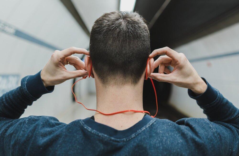 Kas kõrvaklapid teevad kurdiks?