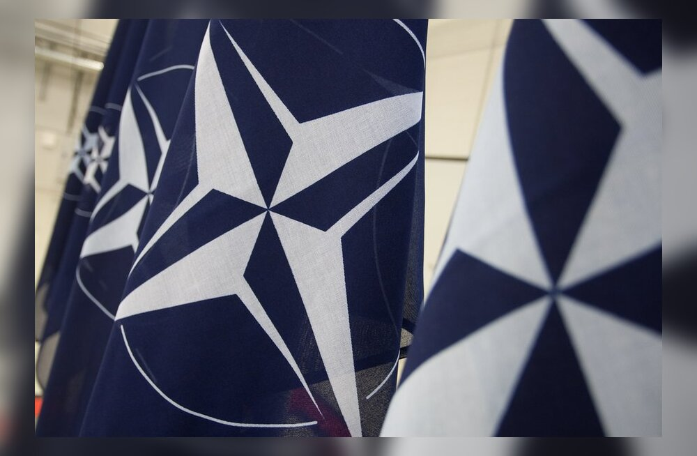 NATO asepeasekretär tunnustas Eesti riigikaitset.