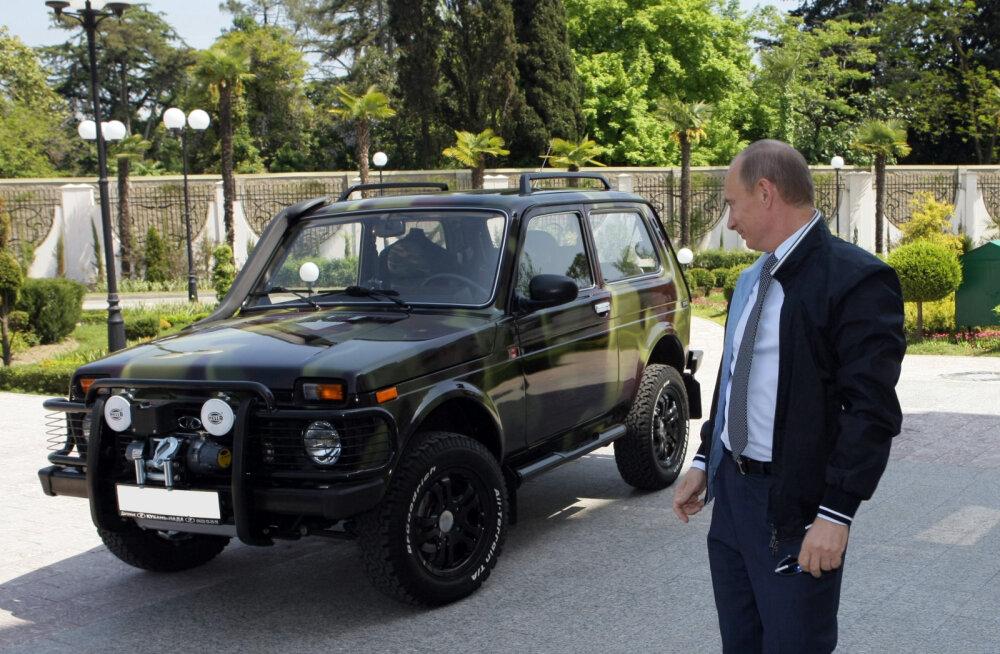 Venelaste Niva sihib Land Rover Defenderist tühjaks jäävat koha