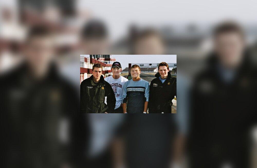 Marko Asmeri meeskonna Team JLR'i sõitjad