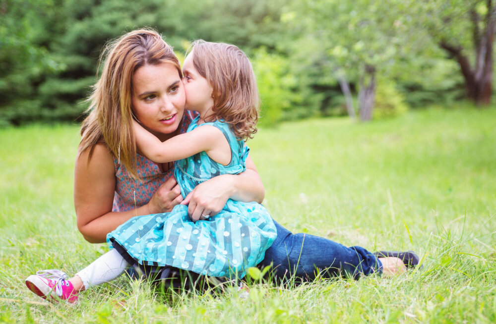 Семейные тайны: что нельзя скрывать от ребенка