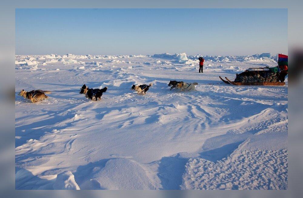Gröönimaa jääkatte alt avastati Iirimaa-suurune veereservuaar